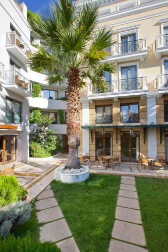 18-20 N.Nikodimou street, Athens, 105 57, Greece.