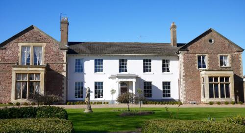Glewstone Court, Ross-on-Wye, Herefordshire, HR9 6AW.