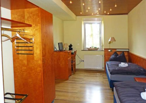 Messe-Zimmer TuS-Treff photo 26