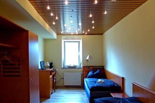 Messe-Zimmer TuS-Treff photo 2