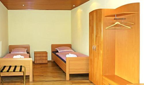 Messe-Zimmer TuS-Treff photo 6