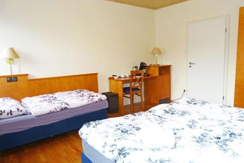 Messe-Zimmer TuS-Treff photo 41
