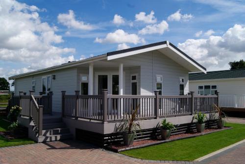 Country Homes Lakeland 1Mvc