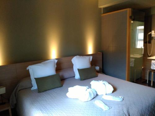 Double or Twin Room Hotel Spa Vilamont 24
