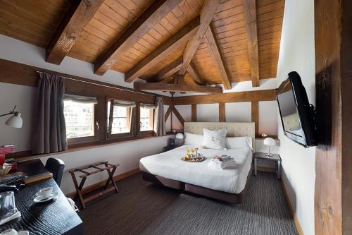 Habitación Doble - 1 o 2 camas - Ático - Uso individual Hotel Dolarea 21