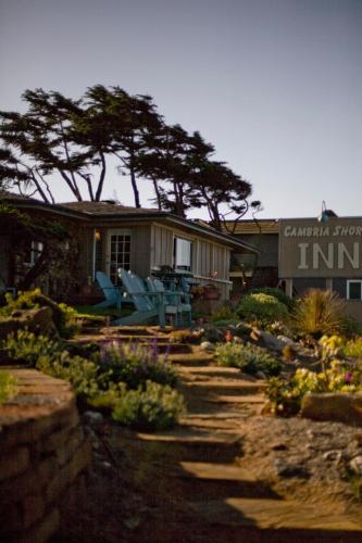 Cambria Shores Inn Photo