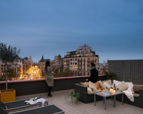 Enjoybcn Miro Apartments photo 40