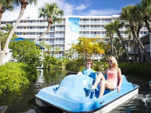 Tradewinds Island Grand - St Petersburg, FL 33706