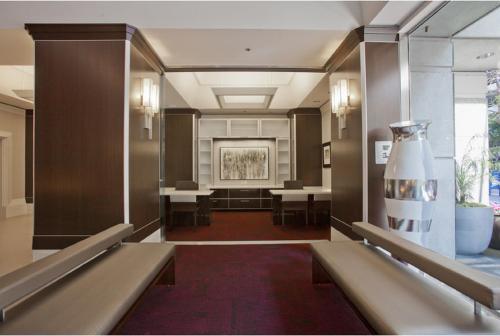 Global Luxury Suites at Howard Street photo 6