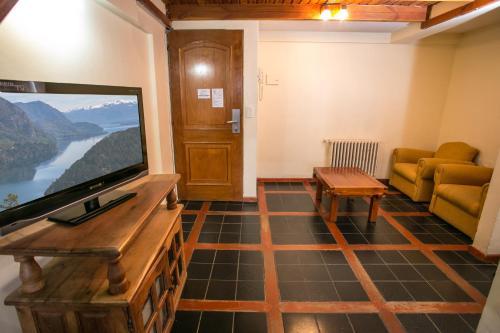 Hotel Aspen Ski Photo