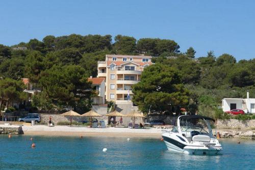 Apartments Villa Leona