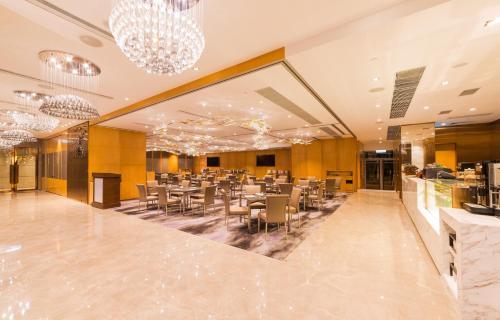 Kowloon Harbourfront Hotel photo 33