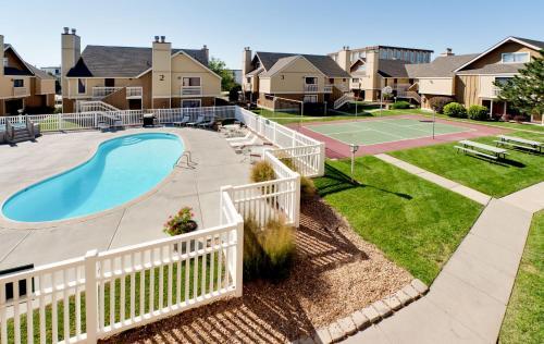 Hawthorn Suites East Wichita - Wichita, KS 67207