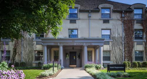Hotels Near London Aquatic Centre