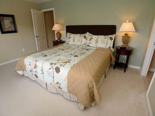Candy Palm Holiday Home 4064 - Kissimmee, FL 34747