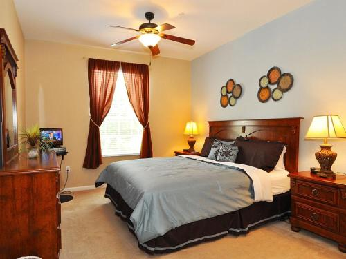 Comrow # Holiday Home 4121 - Kissimmee, FL 34747