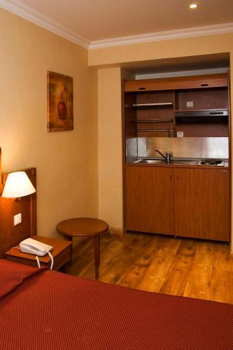 121 Paris Hotel photo 26