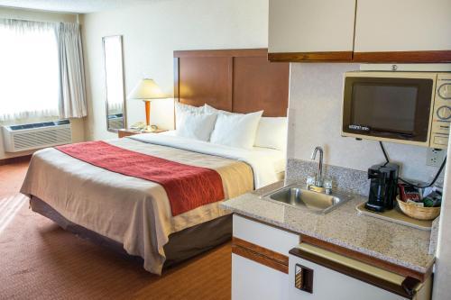 Comfort Inn Denver Southeast Photo