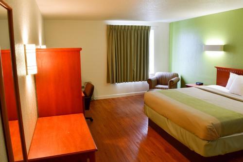 Motel 6 Springfield OH
