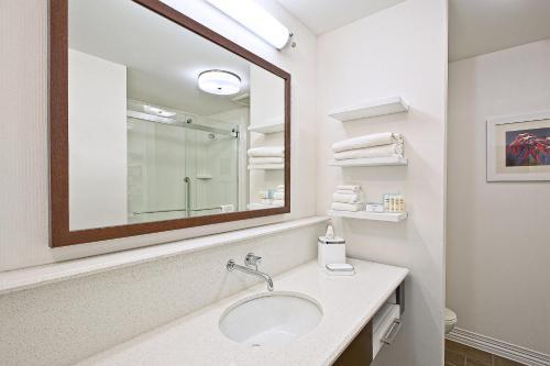 Hampton Inn By Hilton Southfield West Bloomfield Mi Hotel