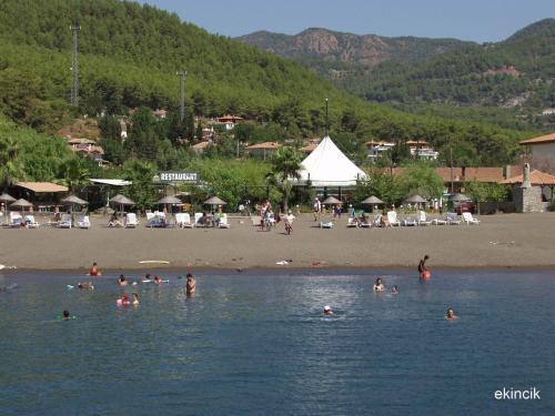 Koycegiz Flora Hotel tek gece fiyat