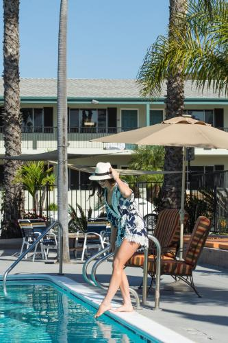 The Atwood Hotel San Diego - Seaworld/zoo - San Diego, CA 92108