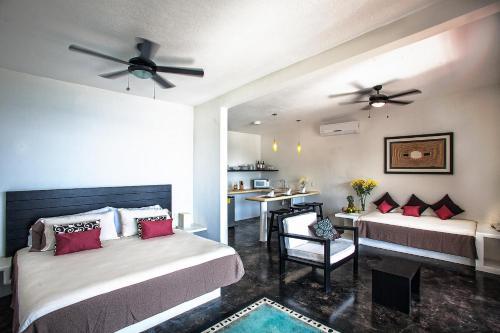 Manta Raya Hotel Photo