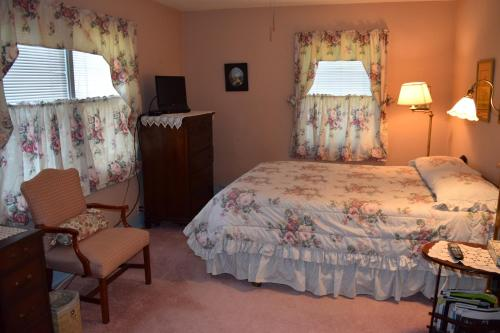 Pheasant Country Inn Bed & Breakfast - Fowler, IN 47944