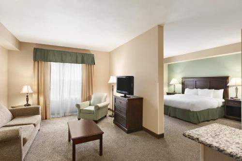 Country Inn & Suites by Radisson, Asheville West (Biltmore Estate), NC Photo