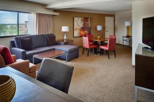 Doubletree By Hilton Spokane City Center - Spokane, WA 99220
