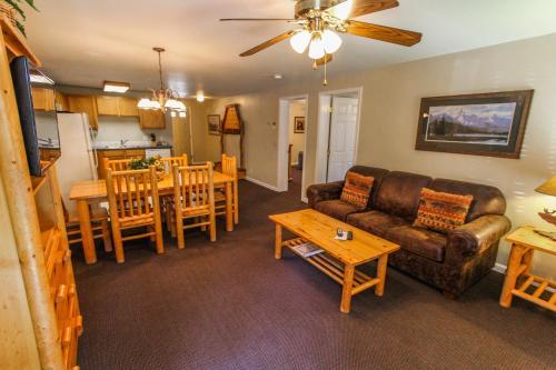 Multi Resorts at Jackson Pines Photo