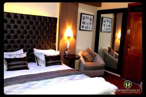 Hotel Venecia Photo