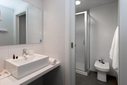 08028 Apartments photo 91