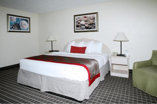 Ramada Plaza Fort Lauderdale Photo