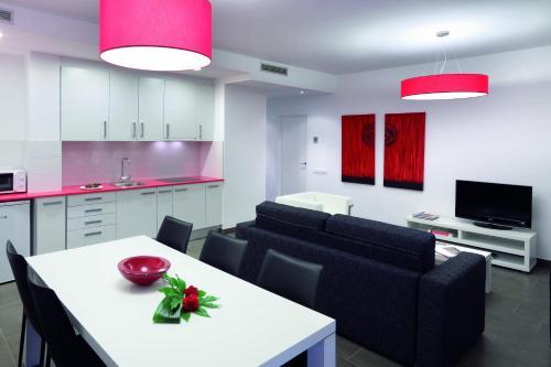 08028 Apartments photo 108