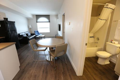 LIAM Hotel & Suites at River Station Photo