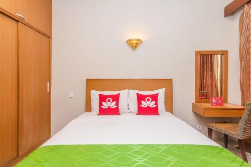 HotelZEN Rooms Denpasar Gelogor Carik 1