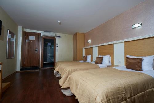 Ikbal Deluxe Hotel Istanbul photo 105