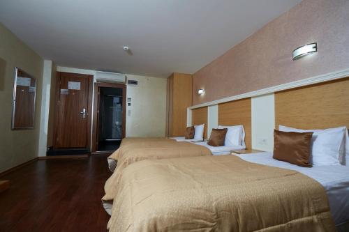 Ikbal Deluxe Hotel Istanbul photo 107