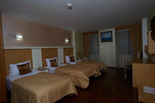 Ikbal Deluxe Hotel Istanbul photo 109