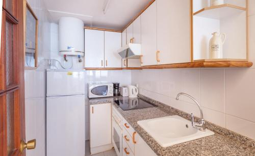 Hola Sitges Apartments photo 5