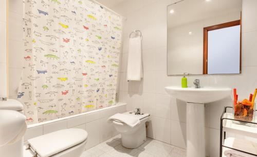 Hola Sitges Apartments photo 8