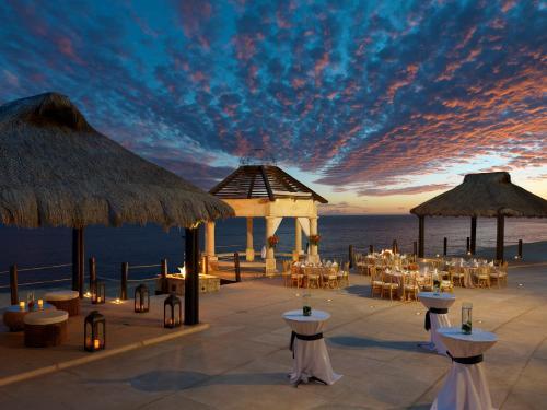 Grand Solmar Land's End Resort & Spa Photo