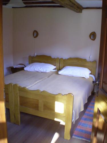Apartments Iža Na Trem