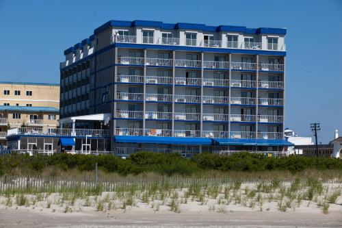 Adventurer Oceanfront Inn - Wildwood Crest, NJ 08260