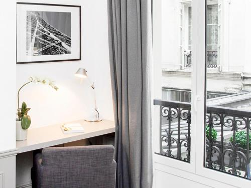 Luxury 3 Bedroom Le Marais photo 11