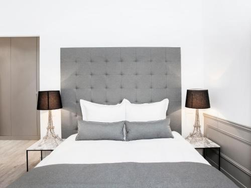 Luxury 3 Bedroom Le Marais photo 13