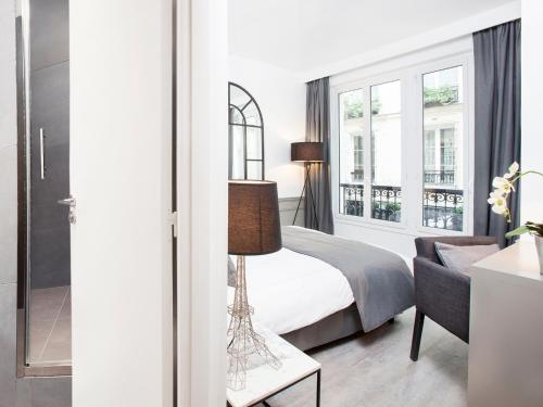 Luxury 3 Bedroom Le Marais photo 16