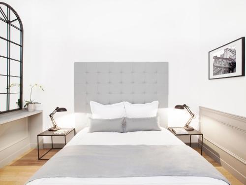 Luxury 2 Bedroom Le Marais photo 33