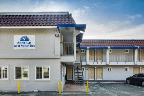 Americas Best Value Inn Richmond Photo
